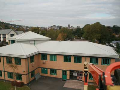 commercial-roof-cleaning