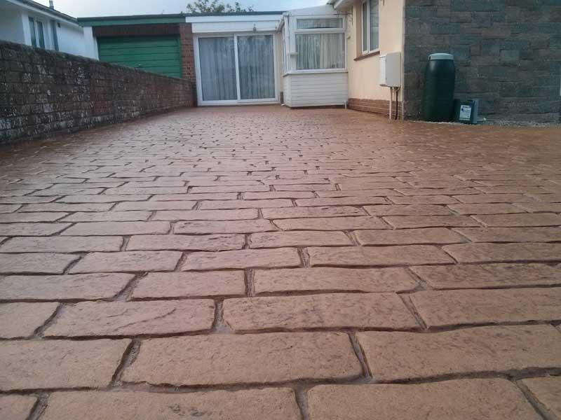 imprinted-concrete-driveways